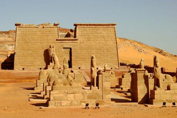 Seboua temple, Lake Nasser, Nubia, Egypt, North Africa, Africa